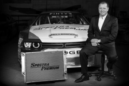 A first in International NASCAR Racing