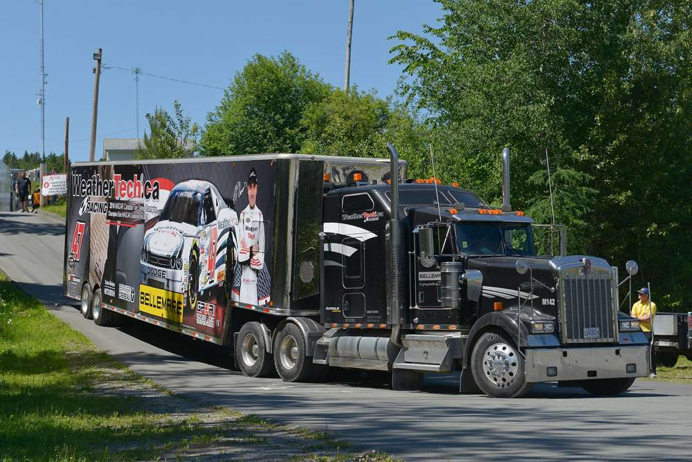 LP DUMOULIN FINISHES IN ELEVENTH PLACE AT AUTODROME CHAUDIERE