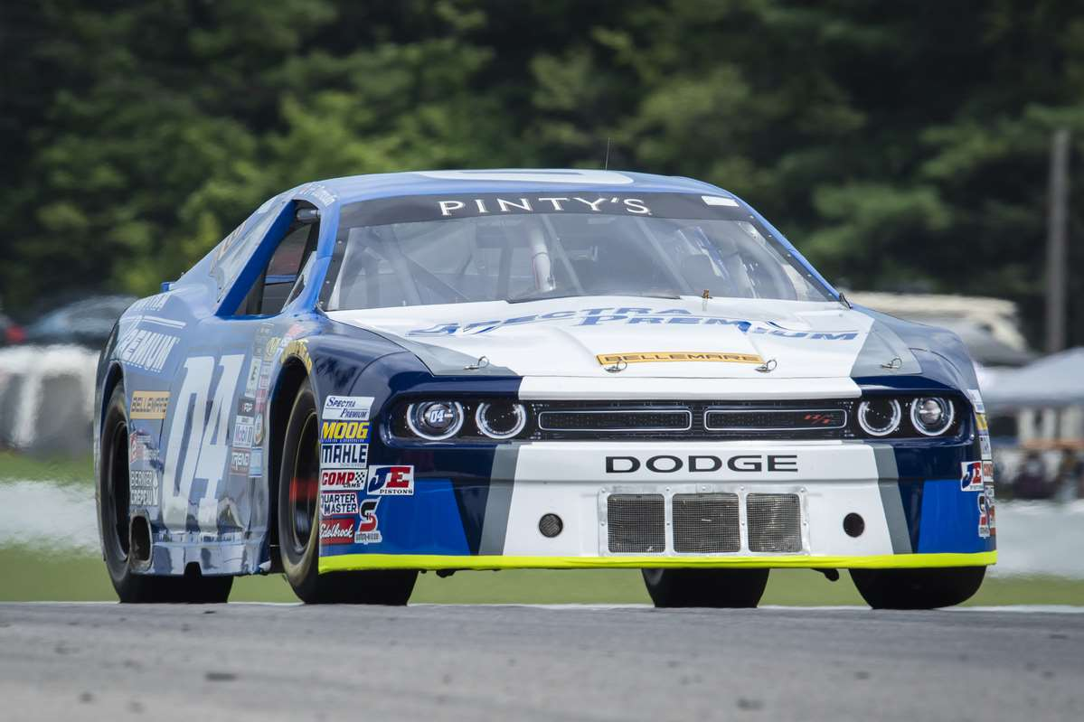 Solide performance pour JF Dumoulin au Canadian Tire Motorsport Park